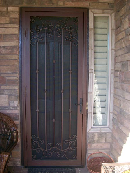 slam the door softly We'll show you how to adjust a storm door so it closes perfectly by simply turning  a screw, you can fix the door so it won't slam shut or be hard to pull c.